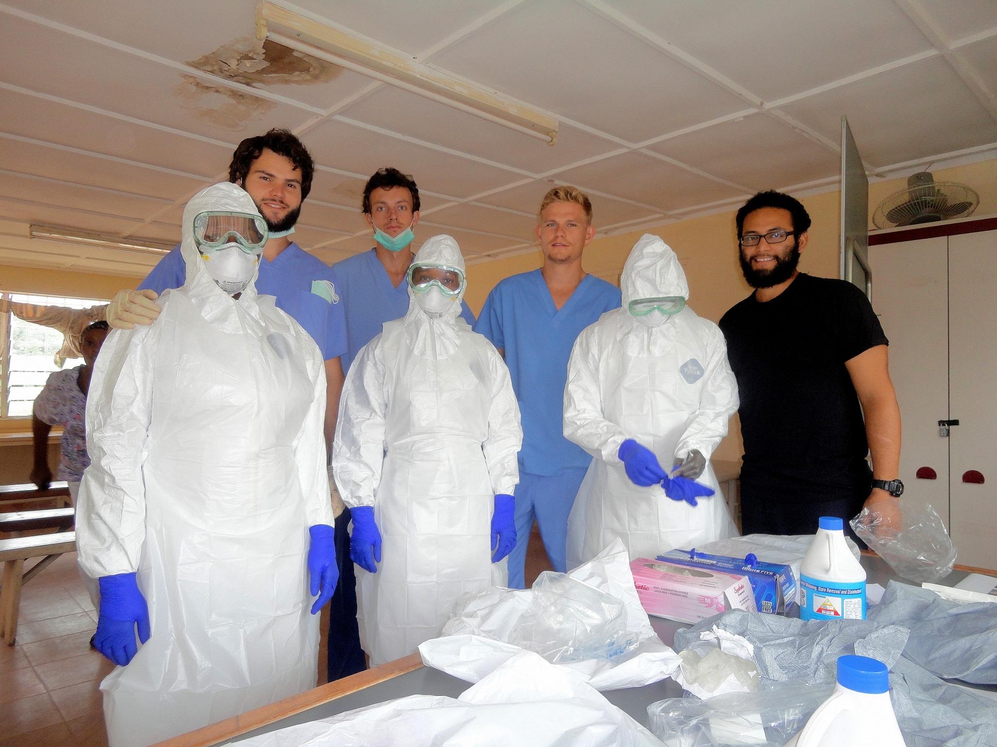OEBPS/images/09_01_A_10_2014_Ebola_image_03.jpg